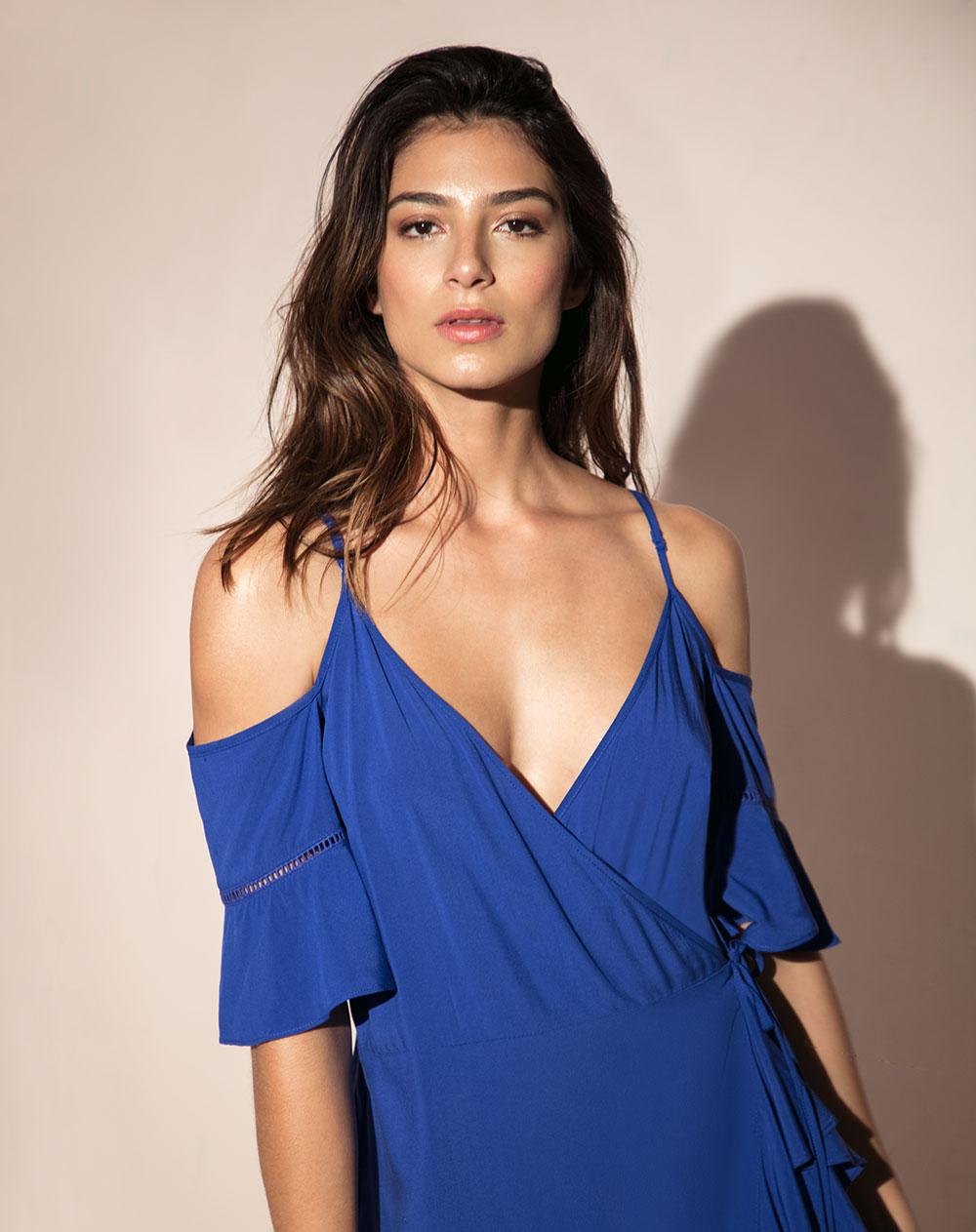 Vestido de Mujer Cambure Azul Hombros Descubiertos Punto Blanco